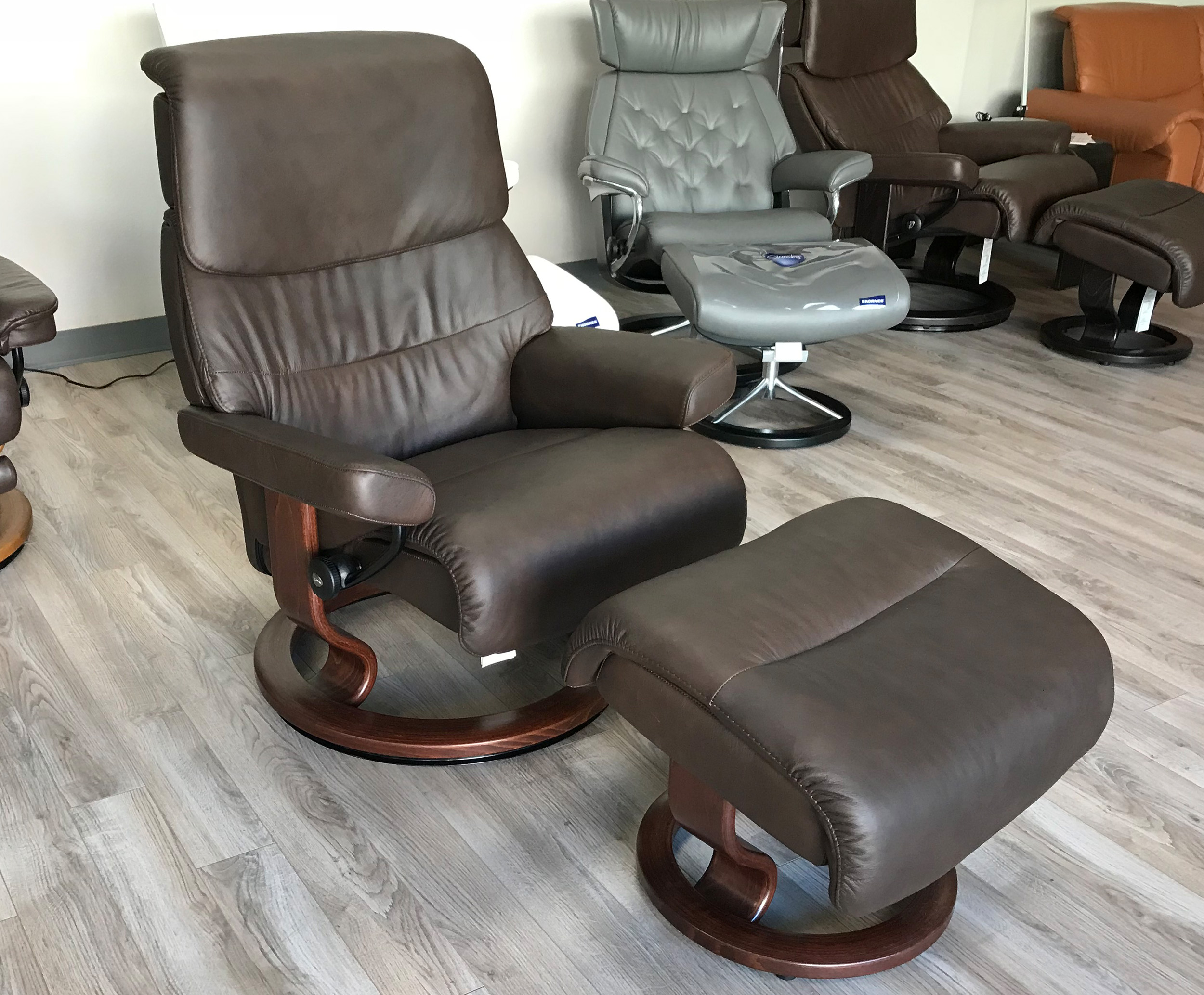 Stressless Capri Large Recliner Chair in Paloma Chocolate Leather & Stressless Capri Large Recliner Chair and Ottoman in Paloma ... islam-shia.org