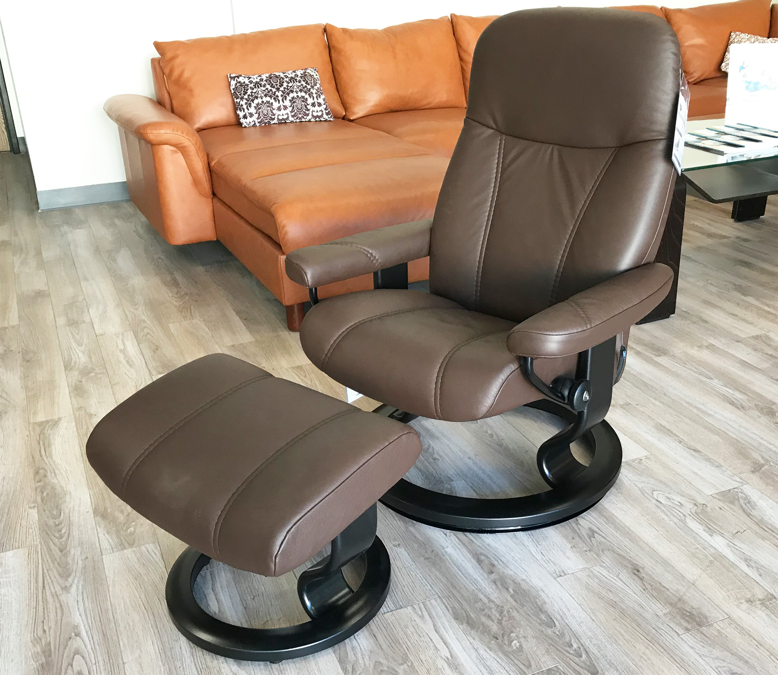 Prime Stressless Ekornes Consul Batick Brown Leather Recliner Chair And Ottoman Dailytribune Chair Design For Home Dailytribuneorg