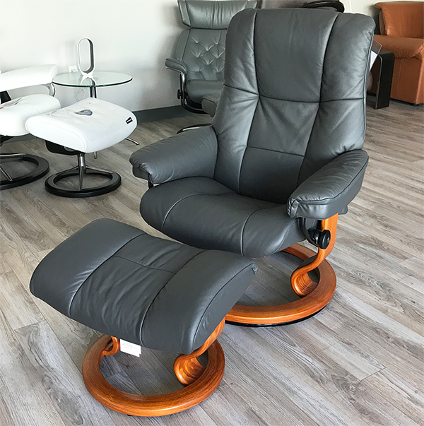 Stressless Mayfair Recliner Chair in Paloma Rock Leather