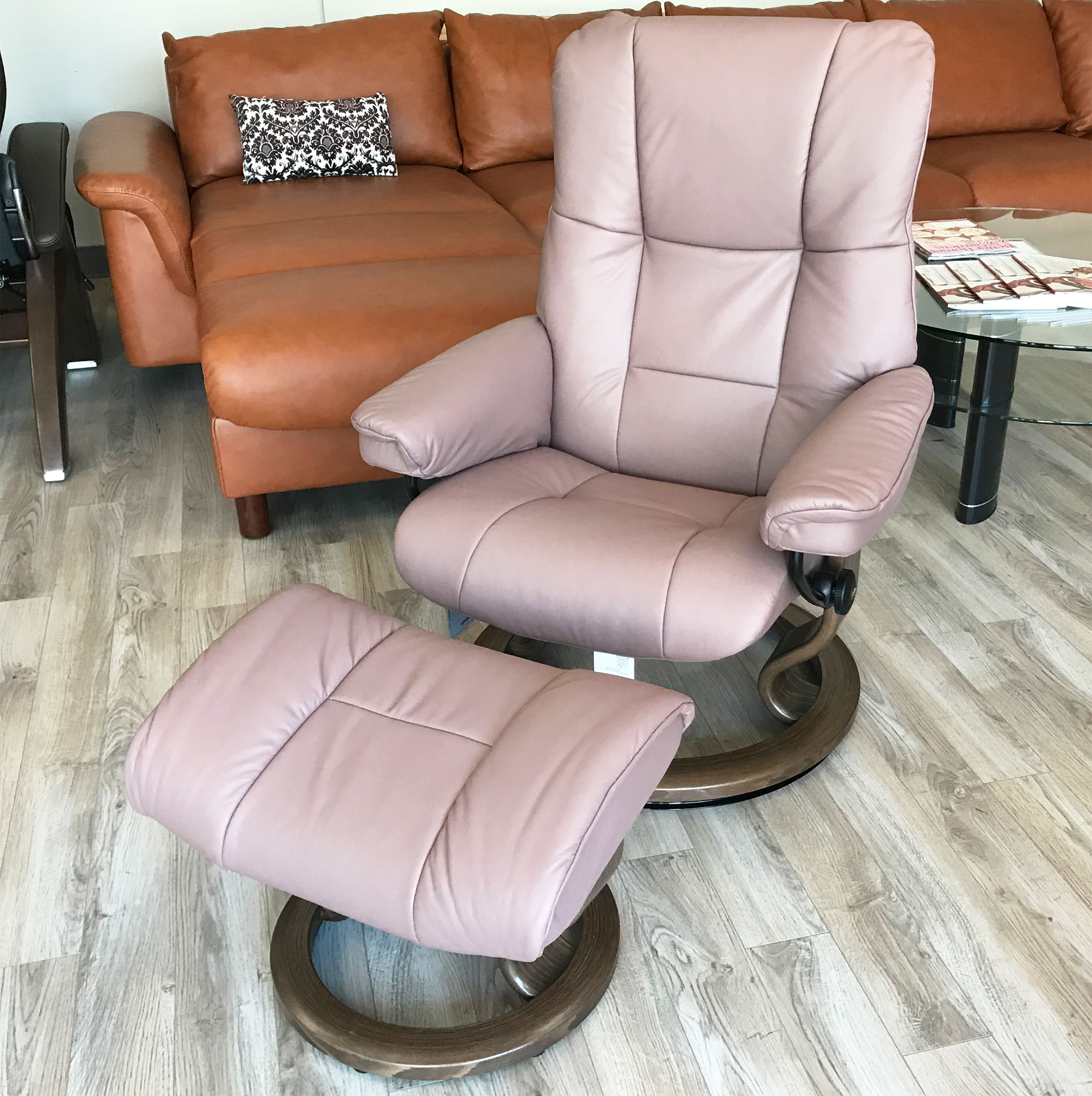 Stressless Mayfair Paloma Dusty Rose Leather Recliner