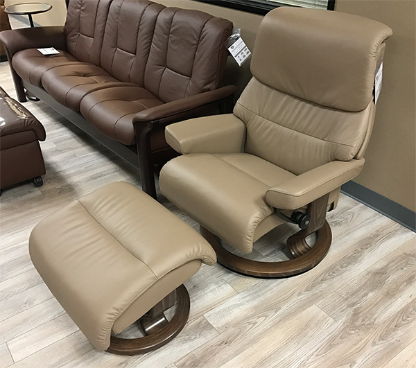 Stressless Capri Paloma Funghi Leather By Ekornes