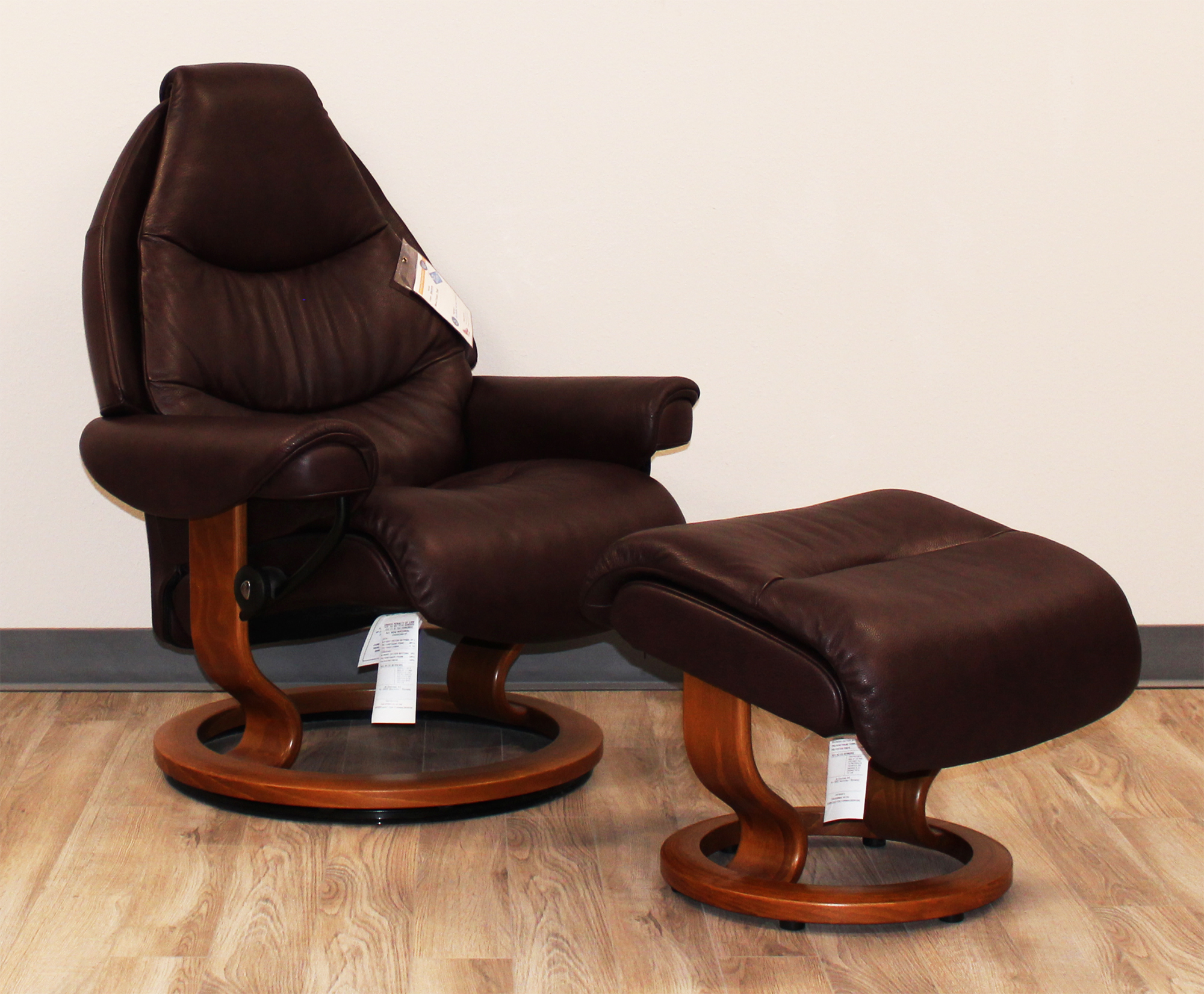 Stressless Voyager Premium Royalin Amarone Leather Recliner Chair