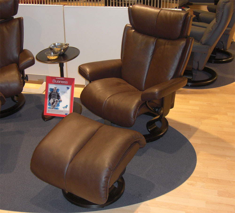 Stressless Magic Large Recliner Chair Ergonomic Lounger and
