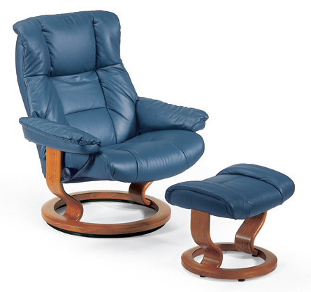 Ekornes Stressless Mayfair Classic Wood Base Recliner Chair And Ottoman Str