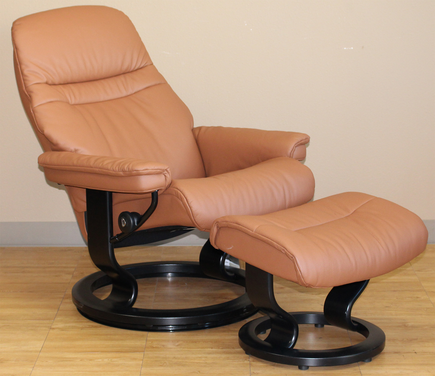 Red Leather Recliner Chair Stressless Sunrise Classic Palm Brown Color Leather by ...
