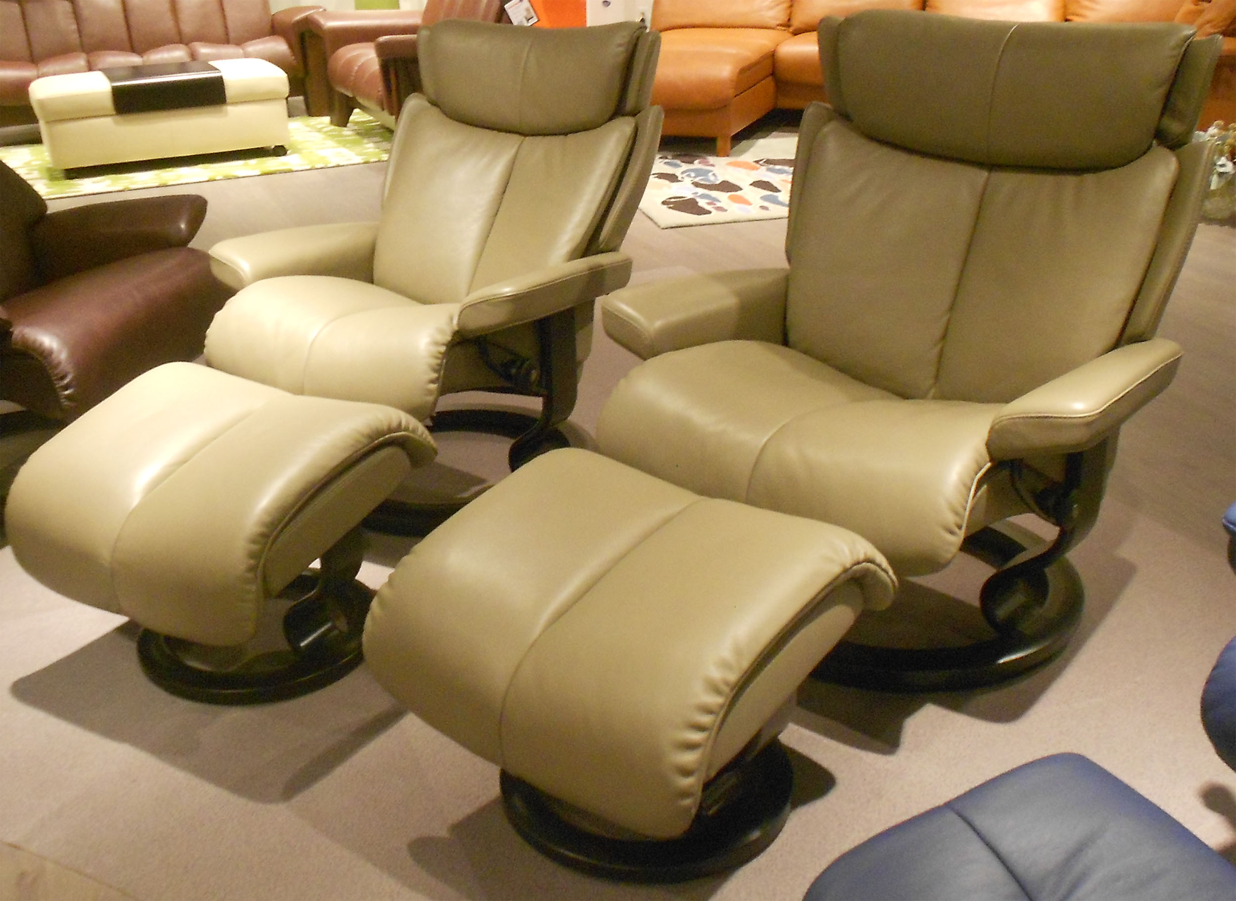 stressless magic recliners chairs ekornes stressless magic. Black Bedroom Furniture Sets. Home Design Ideas