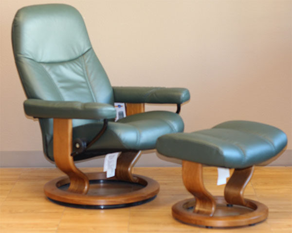 Stressless Diplomat Small Batick Hunter Green Leather Recliner by Ekornes