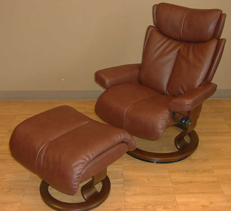 Stressless Magic Royalin Brown Leather Recliner Chair