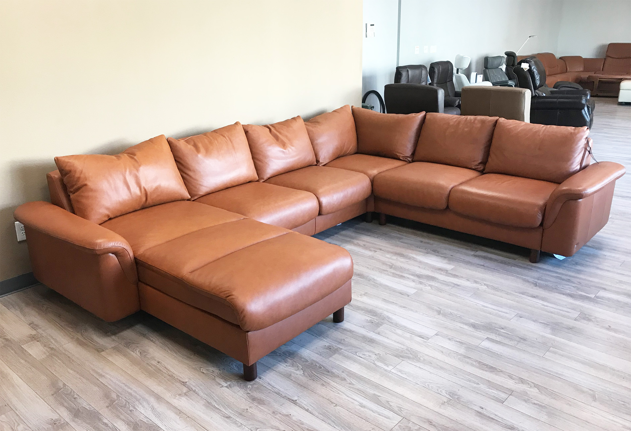 Enjoyable Stressless Sofa Loveseat Recliner Chair And Ottoman By Ekornes Pdpeps Interior Chair Design Pdpepsorg