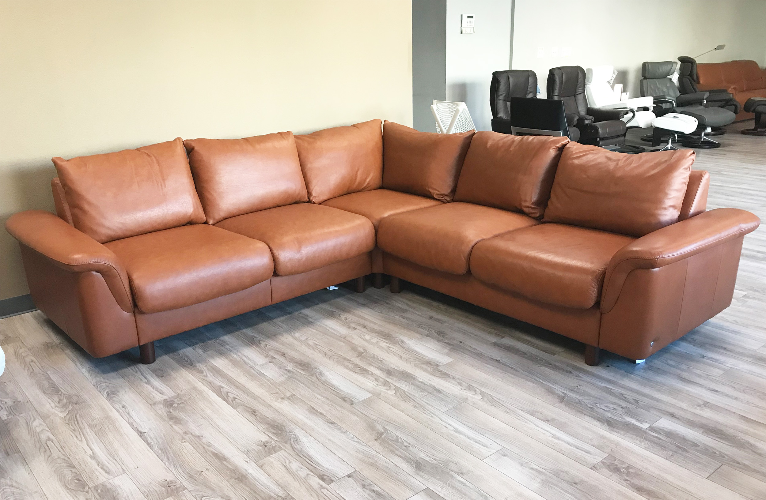 Stressless E300 6 Seat Sectional Sofa with LongSeat in ...