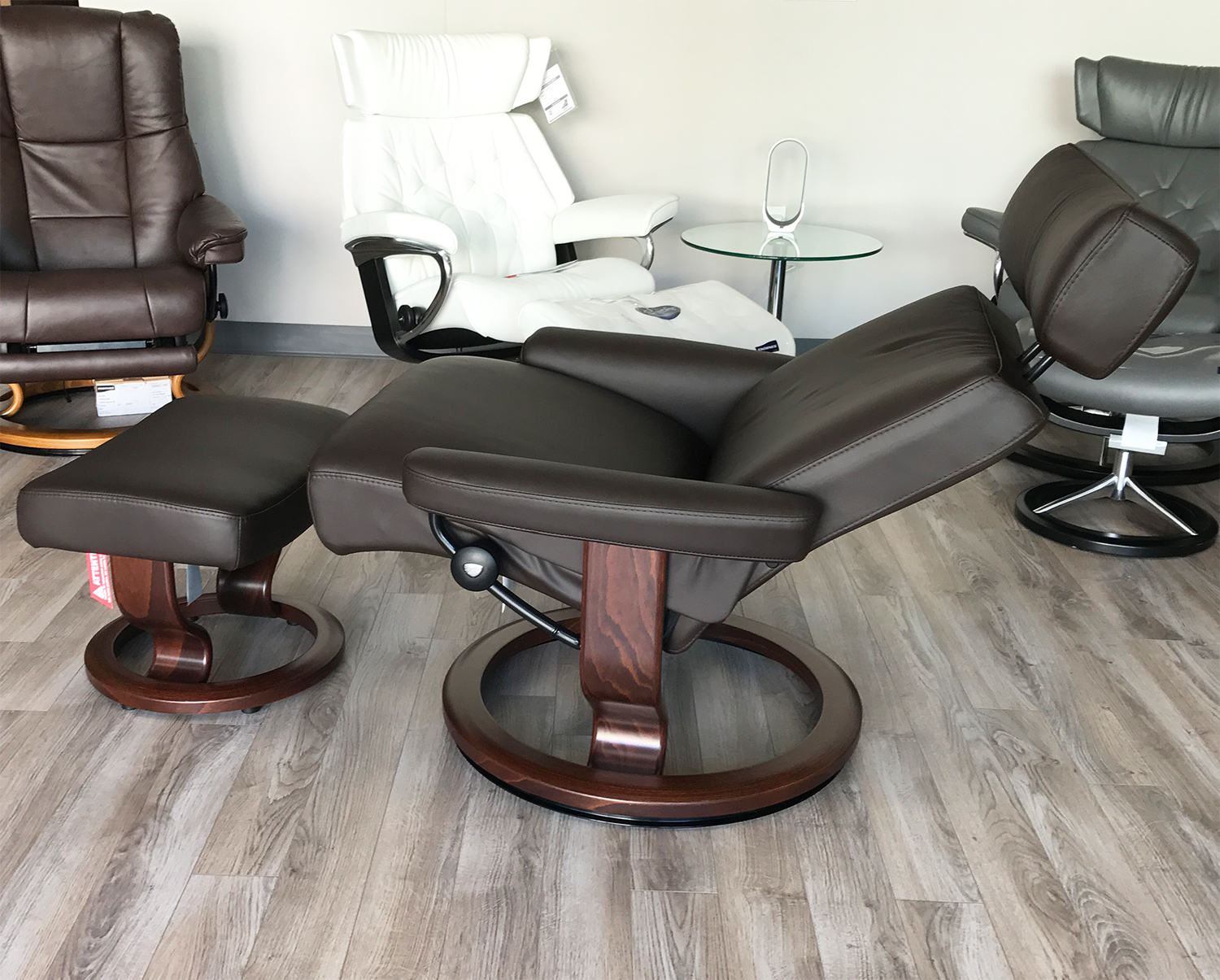 Stressless Large Orion (Taurus) Paloma Mocca Leather Recliner Chair and Ottoman by Ekornes