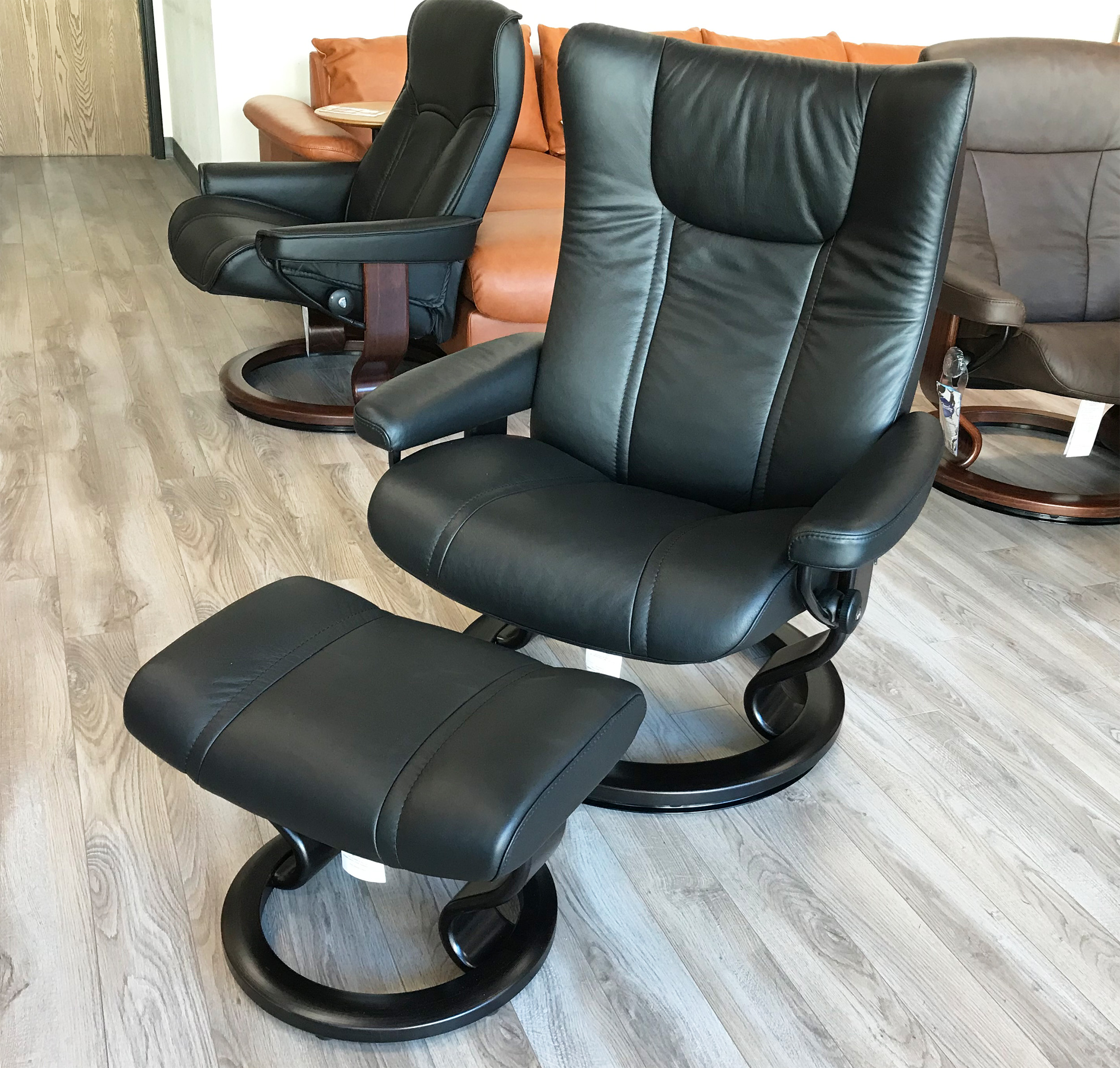 Stressless Wing Ekornes Recliner Chair And Ottoman In Paloma Black Leather