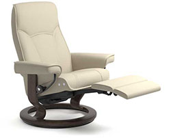Stressless Senator Power LegComfort Classic Recliner Chair