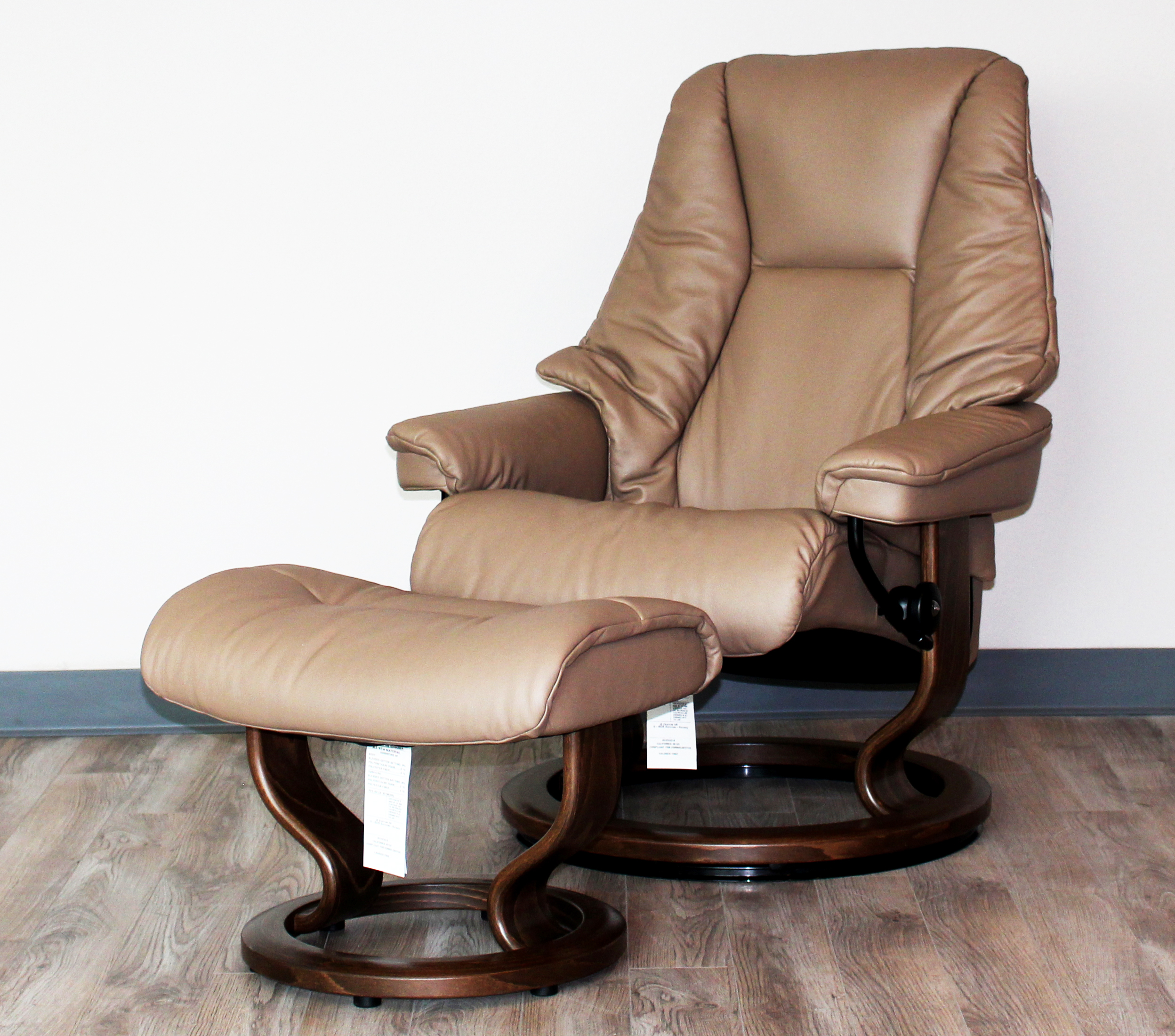 Gentil Stressless Live Medium Recliner Chair And Ottoman By Ekornes