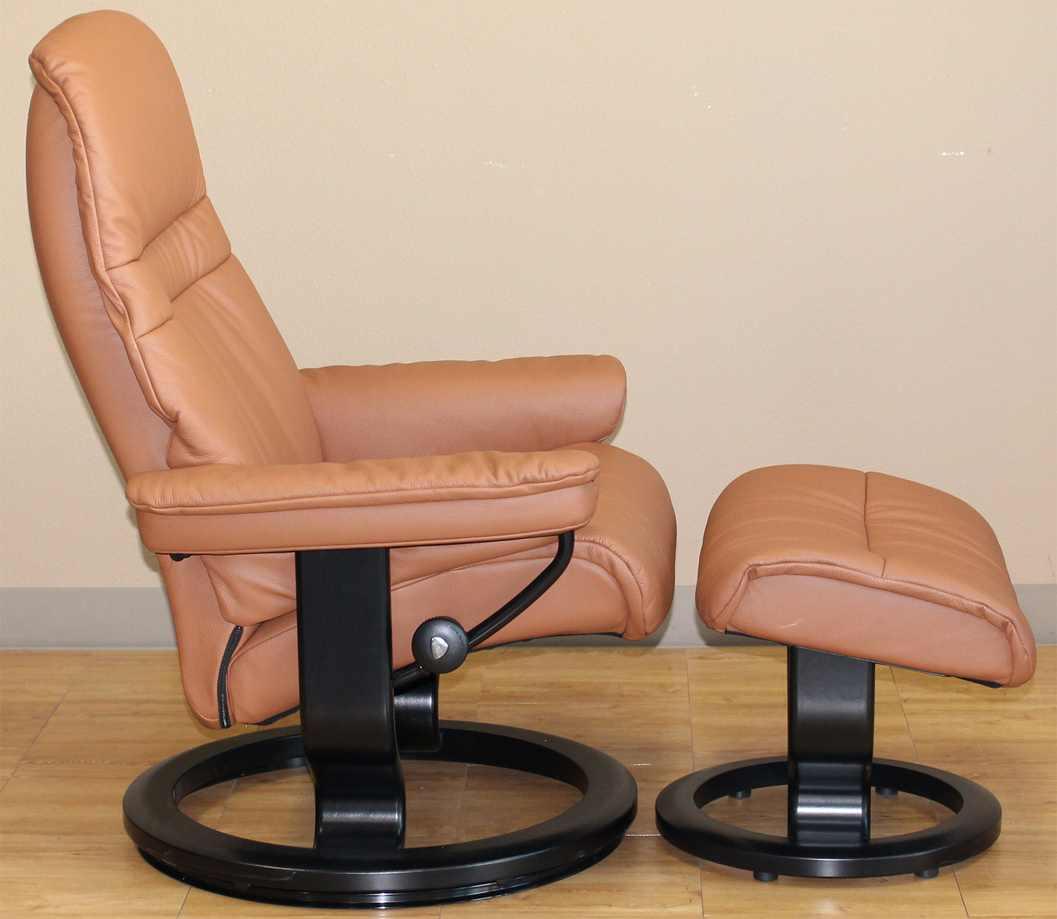 Stressless Sunrise Classic Palm Brown Color Leather By Ekornes