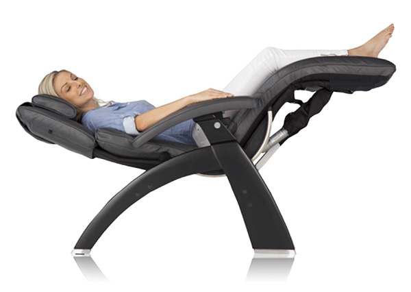 Charmant PC LiVE Human Touch Perfect Chair Zero Gravity Recliner