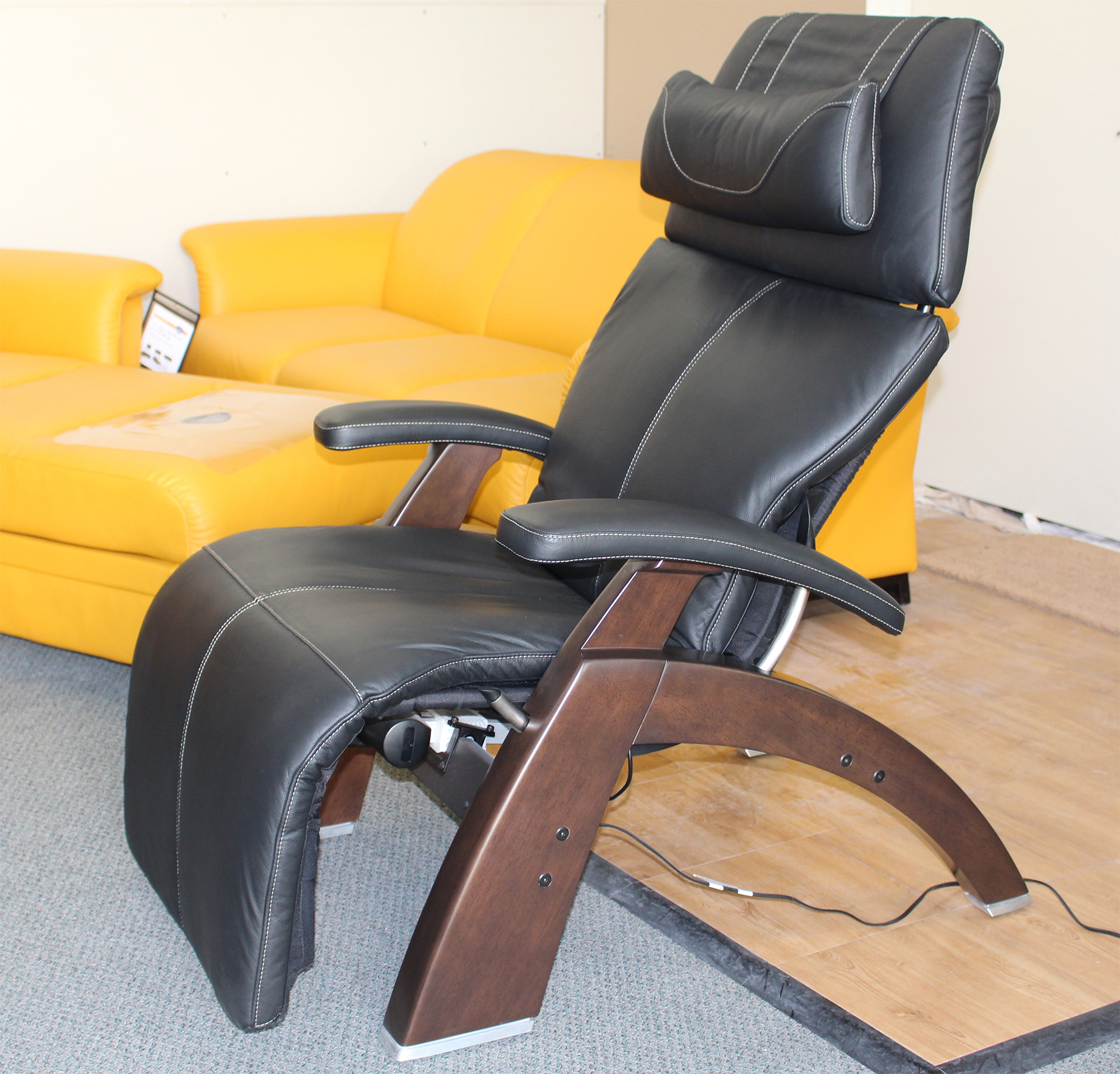htm diagram perfect pad for touch zerogravity set human the backstore sets by chair recliner replacement leather