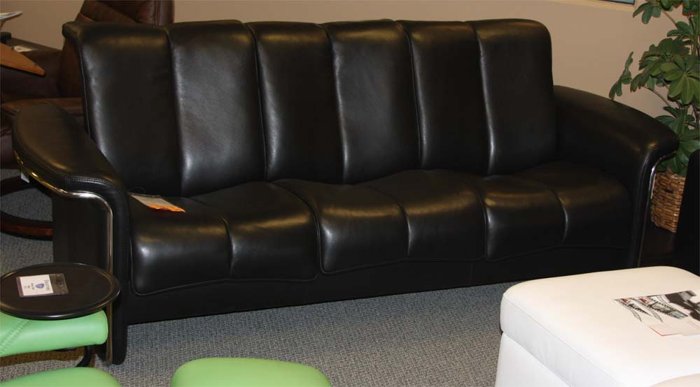 Ekornes stressless soul low back sofa loveseat chair and for Sofa sofa showroom