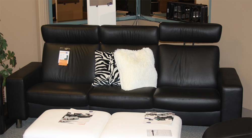 ekornes stressless space low back sofa loveseat chair and rh vitalityweb com Ekornes Recliners ekornes sofa pricing
