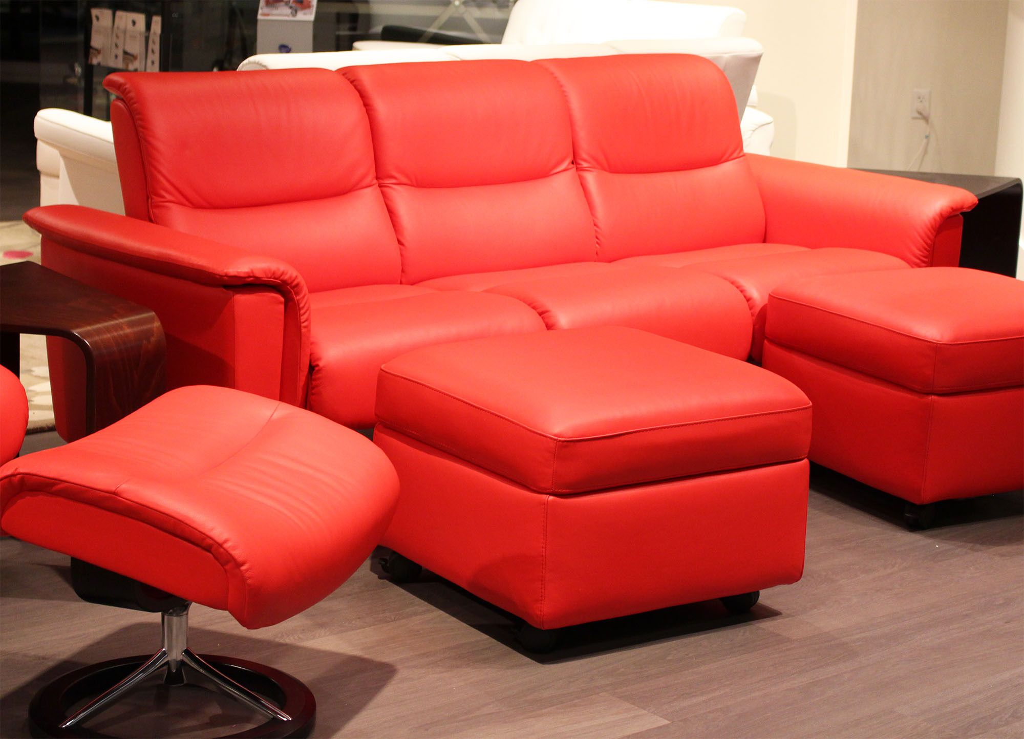 Stressless Paloma Tomato 09461 Leather By Ekornes