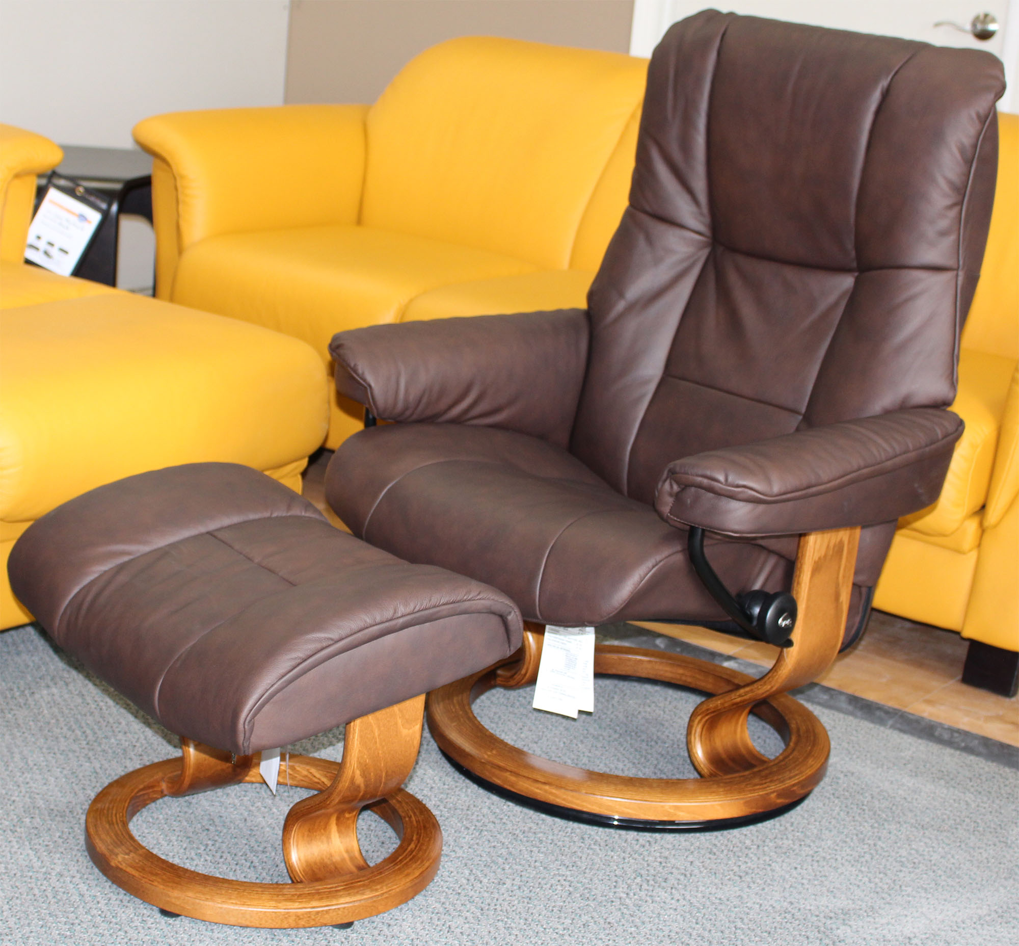 stressless mayfair paloma chocolate leather recliner chair and